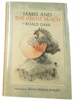 James and the Giant PeachDahl, Roald - Product Image
