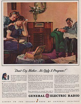 ORIG VINTAGE MAGAZINE AD/ 1940 GENERAL ELECTRIC RADIO ADillustrator- N/A - Product Image